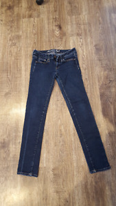 American Eagle size 4 skinny jeans