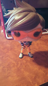 Overwatch Tracer Pop Figure