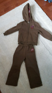 Sz 4t roots outfit. BNWT