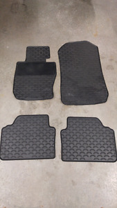 BMW E90 3-Series OEM Rubber All-Season Floor Mats (Fits 2006-11)