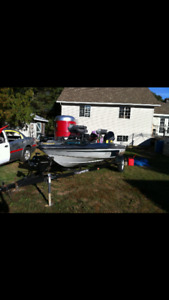 Javelin bass boat 1996 boat motor and trailer NEED GONE