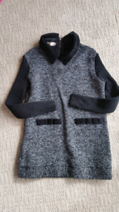Women sweater small