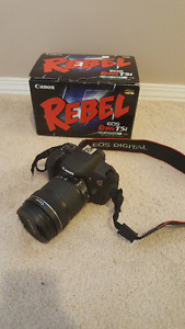 Canon EOS Rebel T5i EF-S 18-135 IS STM