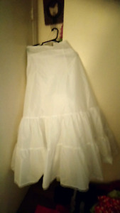 Bridal dress crinoline $50 size 16