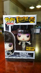 Elvira funko pop *HOT TOPIC EXCLUSIVE*