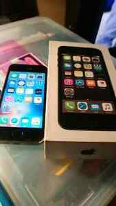 iphone5s,16GO  Bell comme neuf  avendre