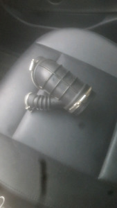 Bmw e46 lower intake boot brand new with hose clamps