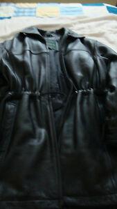 Danier womens leather coat   Newmarket
