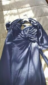 ***BEAUTIFUL FORMAL DRESS JUST IN TIME FOR PROM***L@@K***