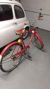 Antique vintage bycicle