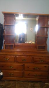 Beautiful oak 7 drawer dresser