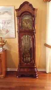 Charles R Sligh Grandfather Clock - 212 Series