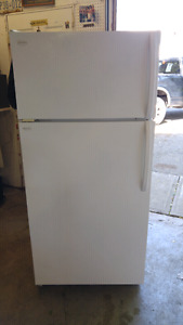 ICE Cold BEER/Kitchen Fridge18c.ft FRIGIDAIRE, ENERGY efficient