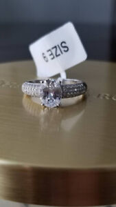 Brand New Charmed Aroma Ring, size 9, Sterling Silver 925