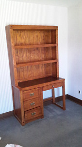 YOUNG & HINKIE FURNITURE SOLID WOOD DESK WITH BOOK SHELF