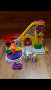 Montagne russe, manège little people Fisher price