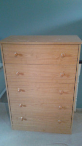 Chest of drawers in good condition,
