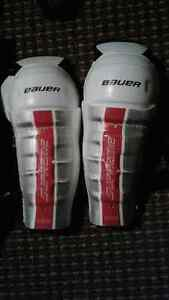 Hockey Equipment for Youth-  ages 5 to 6 Peterborough Peterborough Area image 3