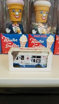 Mister Softee Musical Singing truck