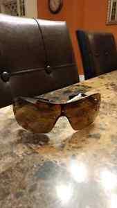 Guess sunglasses (brand new) Kitchener / Waterloo Kitchener Area image 1