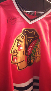 Game worn bobby hull autograph