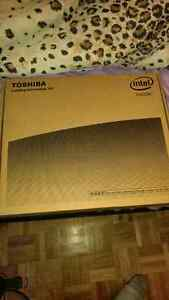 Selling New Toshiba Laptop Satellite Pro R50-C never used it