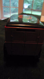 Canadian Tire Limited Edition Model A Ford truck bank + key- West Island Greater Montréal image 4