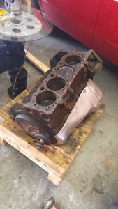 Small block chevrolet 350 engine block Casting 3970010