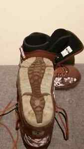Men's size 8 snowboard boots Kingston Kingston Area image 2