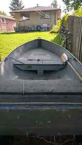 12 foot boat and trailer package London Ontario image 2