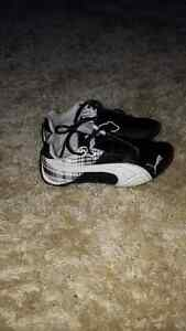 Puma Shoes - Kids Size 12