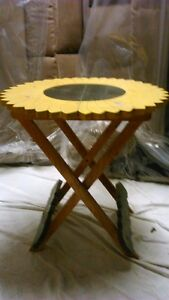Sun Flower fold up Table - for inside or out Kitchener / Waterloo Kitchener Area image 1