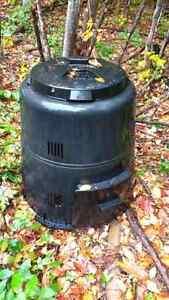 Composteur Gatineau Ottawa / Gatineau Area image 1