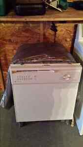 Dishwashing Machine 50$