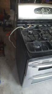 USED MAYTAG GAS STOVE/RANGE WITH DUAL OVEN. $250