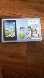 Acer  tablet   7 inches with case