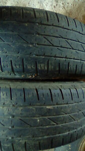 Pairs of R16 truck tires