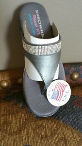 NEW Sketchers Bling Sandals