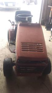 Lawn tractors (trades)