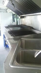 Catering food bus