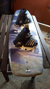 Wakeboard 141 cm pour 150$
