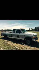 1997 Ford F-250 Diesel for Parts