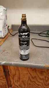 Paintball co2 tank 12 Oz   15$$obo