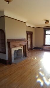 1,2 and 4 BDRM APTS (DOUGLAS AVE) HEAT AND HOT WATER INCL