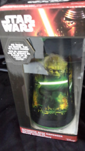 Star Wars automatic soap dispenser with Yoda. battery operated