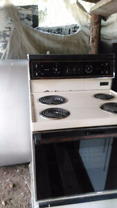 electric stove with flat top for easy cleaning