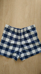 Ladies' shorts and bottoms