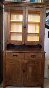 Early Antique Krug Cabinet London Ontario image 2