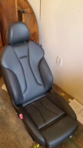 Selling leather car seat