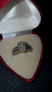10 k gold diamond cluster ring